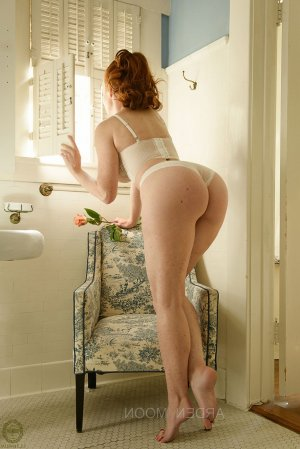 Valeriane erotic massage, call girl