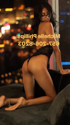 Loulia happy ending massage in Independence and call girl