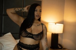 Damarys escort and nuru massage